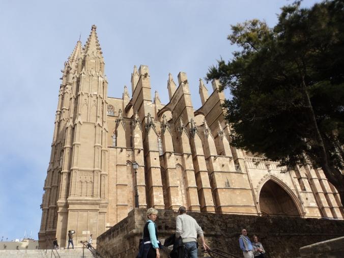 Catedral... eu já disse que gosto muito de visitar igrejas...