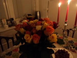 Rosas e velas para um jantar em comemoração aos meus 30 anos...
